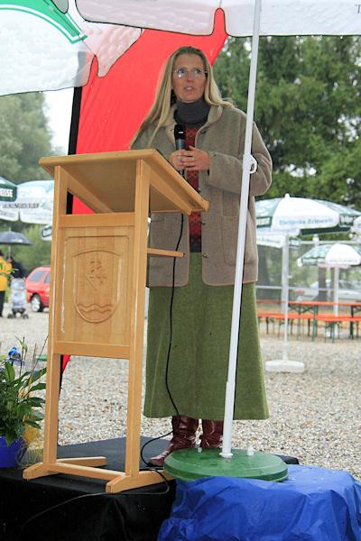 Clarissa v. Reinhardt, Erste Vorsitzende des Vereins